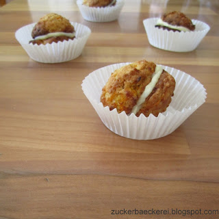 Carrot Cake Whoopie Pies