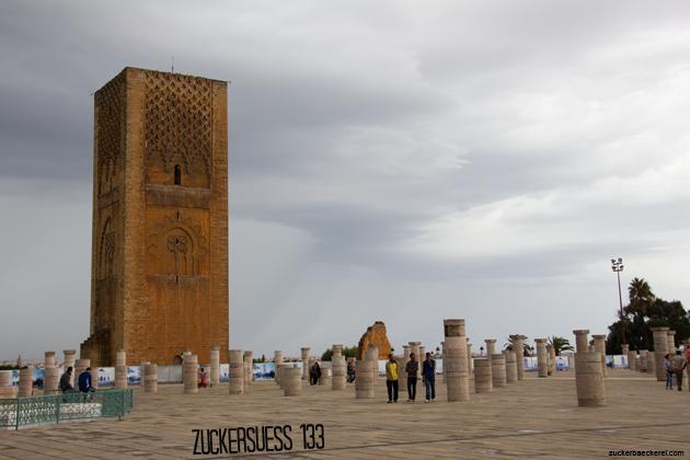 Der Hassanturm am bis jetzt einzig regnerischen Tag hier in Rabat.