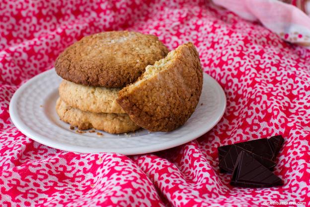 Vanille-Hafer-Kekse mit gebräunter Butter und Schokostückchen