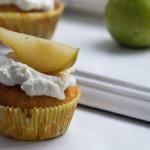 Birnen-Cupcakes mit Ziegenkäse