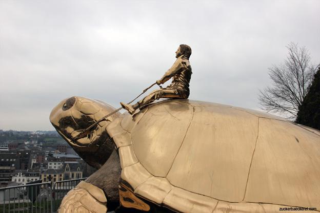 eine schildkröte als wahrzeichen, namur