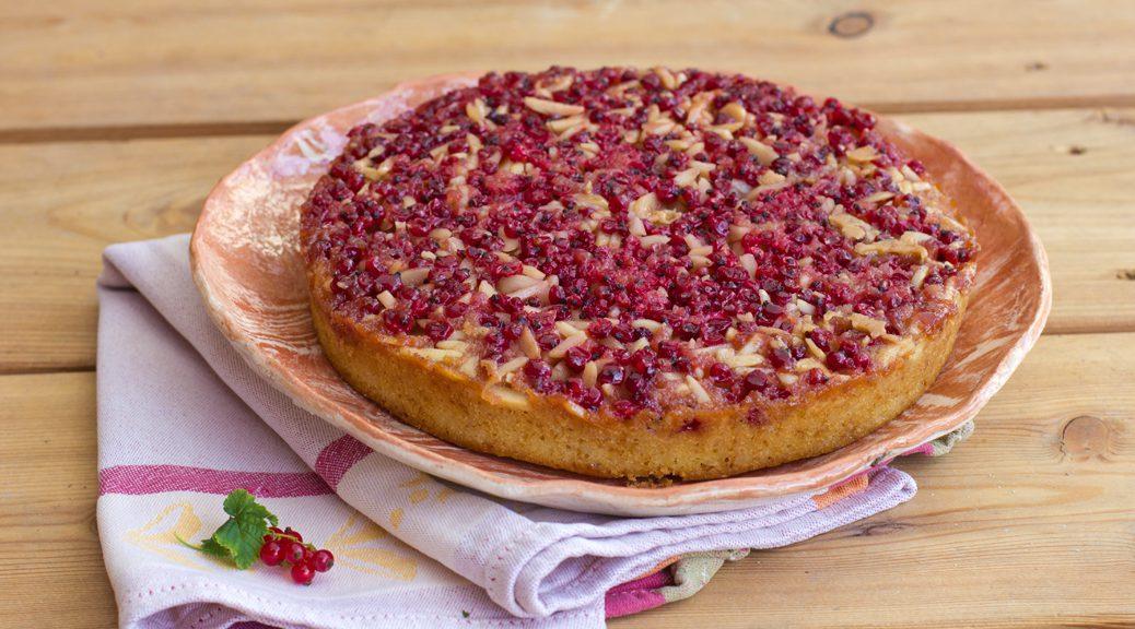 Gestürzter Johannisbeer-Karamell-Kuchen