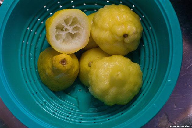 Gekochte Zitronen