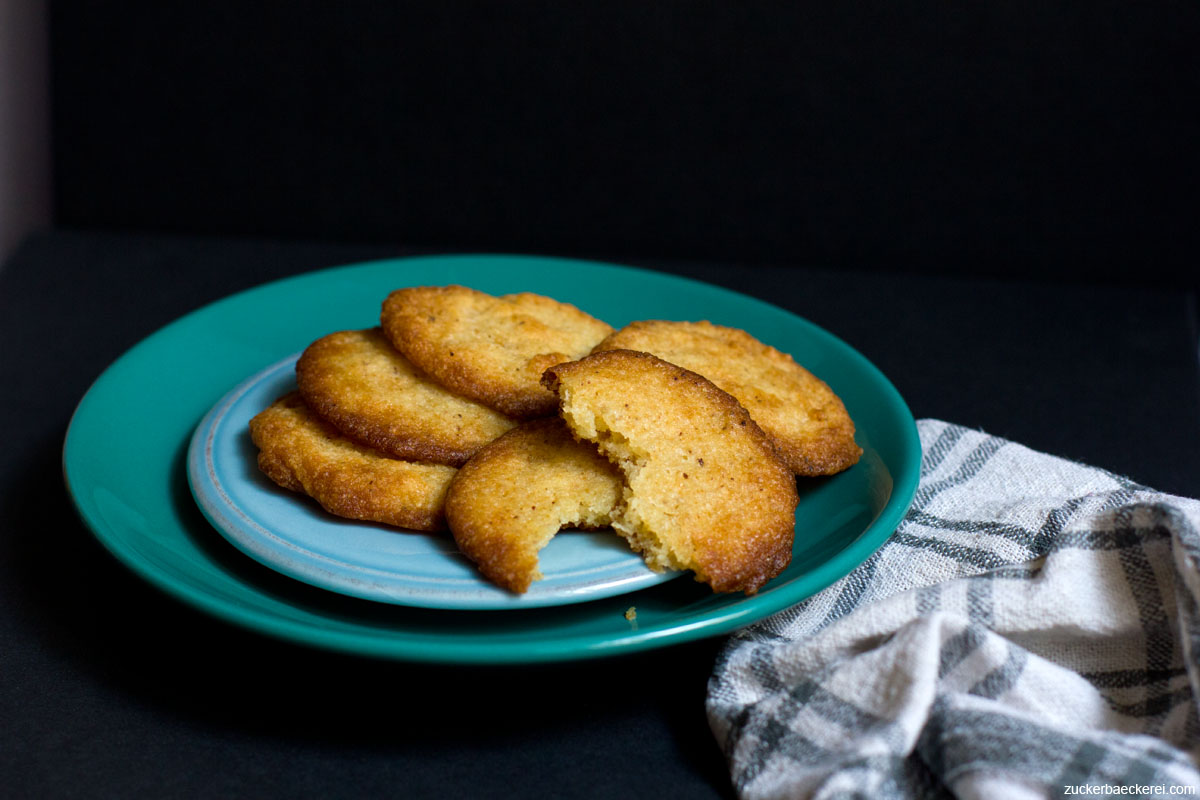 ricotta-lace-cookies