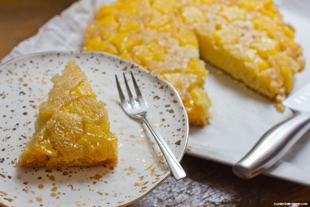ein stück ananas tarte tatin