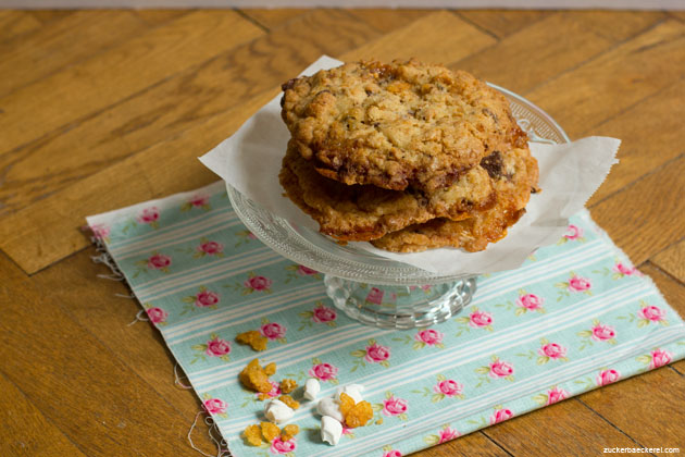 Momofuku Milk Bar's Cornflake-Chocolate-Chip-Marshmallow Cookies