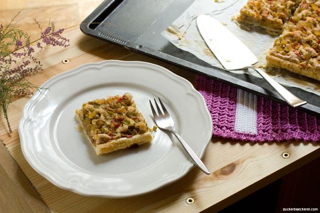 rhabarber-frangipane-tarte mit kandiertem Ingwer,