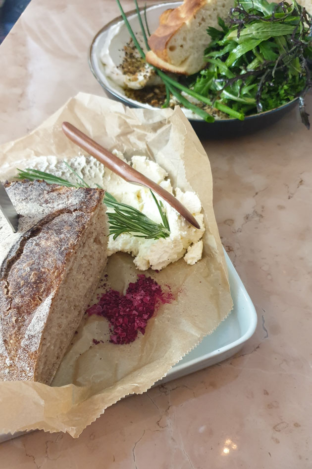 Brot und Butter bei ALMA