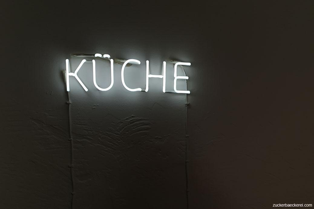 KÜCHE neonschriftzug