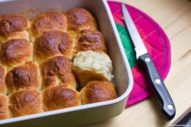 pull-apart-butter-buns