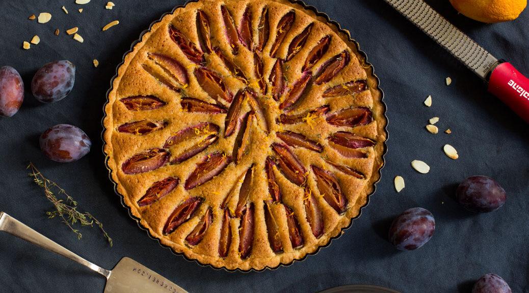 zwetschgen-orangen-frangipane-tarte